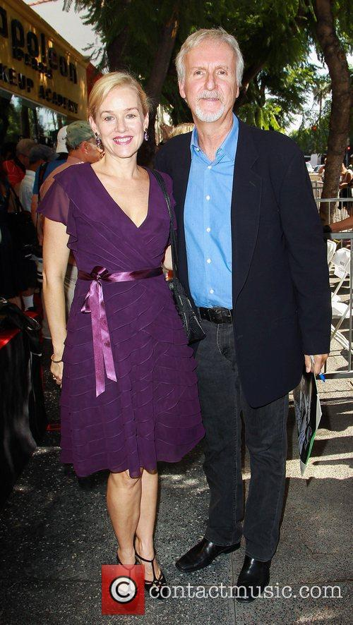 Penelope Ann Miller and James Cameron 8