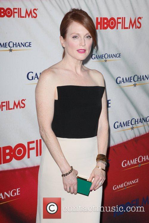 Julianne Moore and Ziegfeld Theatre 11
