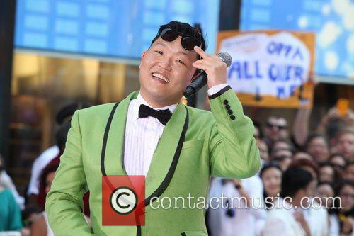 Performs Gangnam Style live at Rockefeller Center as...
