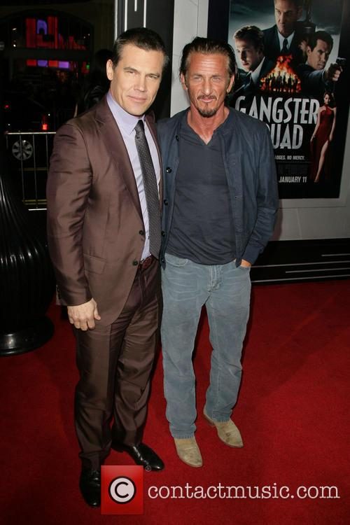 Josh Brolin, Sean Penn and Grauman's Chinese Theater 6
