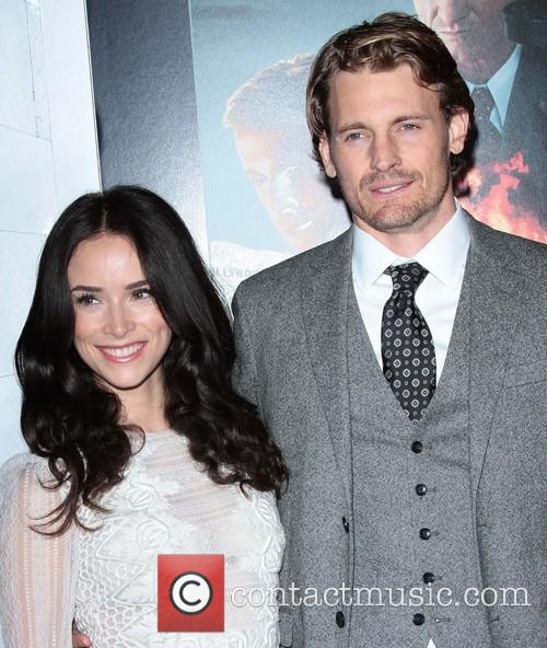 Abigail Spencer, Josh Pence and Grauman's Chinese Theater 3
