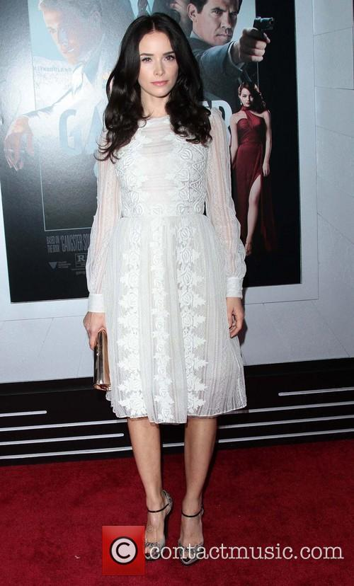 Abigail Spencer and Grauman's Chinese Theater 5