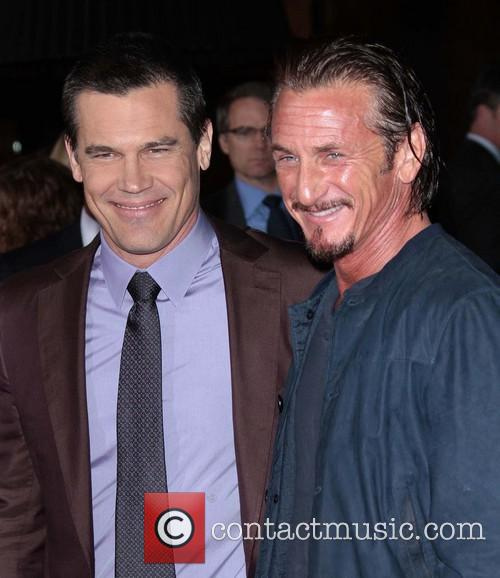 Josh Brolin, Sean Penn, Grauman's Chinese Theater