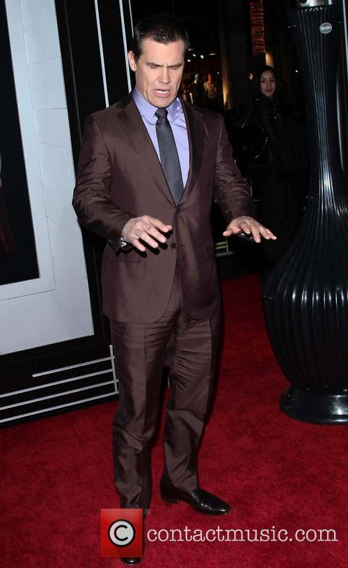 Josh Brolin and Grauman's Chinese Theater 2