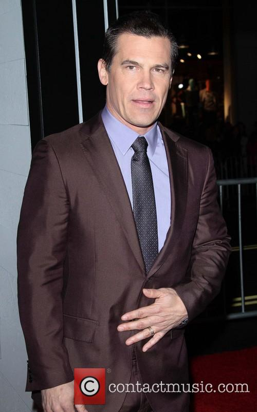 Josh Brolin and Grauman's Chinese Theater 3