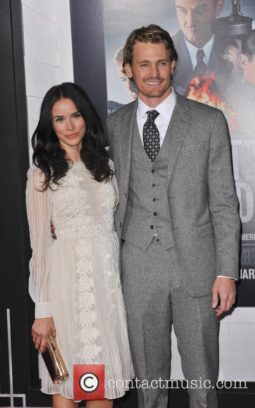 Abigail Spencer, Josh Pence and Grauman's Chinese Theater 8
