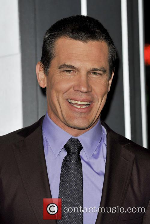 Josh Brolin and Grauman's Chinese Theater 8
