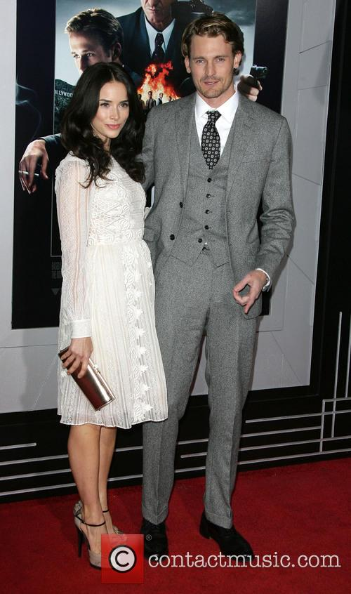 Abigail Spencer, Josh Pence and Grauman's Chinese Theater 5