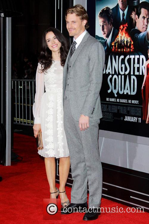 Abigail Spencer, Josh Pence and Grauman's Chinese Theater 10