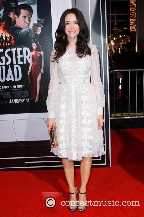 Abigail Spencer and Grauman's Chinese Theater 1