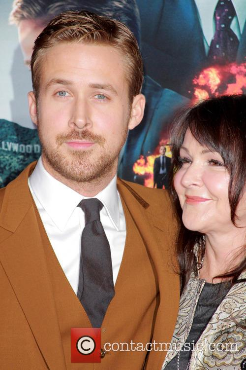 Ryan Gosling, Donna Gosling and Grauman's Chinese Theater 5