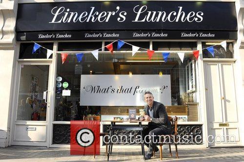 Gary Lineker 9