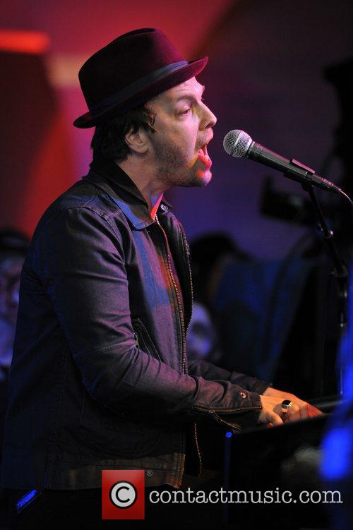 Gavin Degraw, Fairmont Hotel and Chicago 3