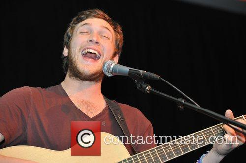 Phillip Phillips, Fairmont Hotel and Chicago 2