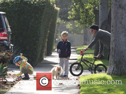 Gavin Rossdale takes his sons, Kingston and Zuma...