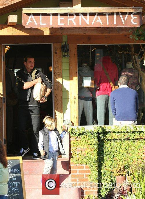 Gavin Rossdale and Kingston 4