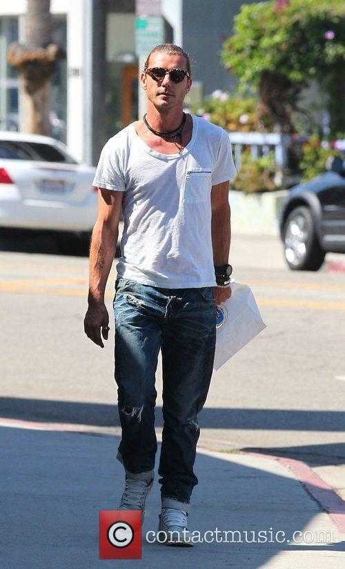 gavin rossdale out and about on abbot 4087186