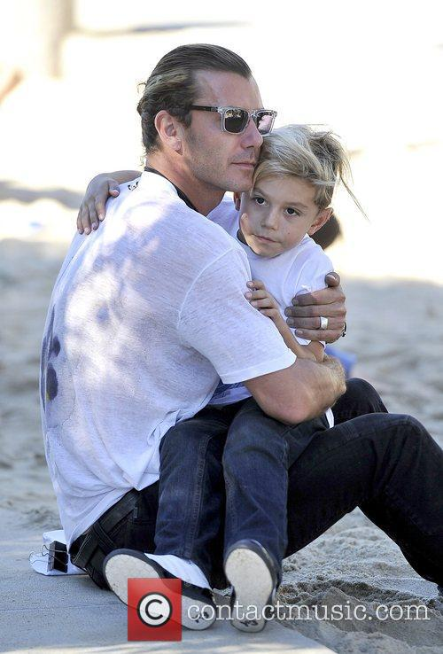 Gavin Rossdale and Kingston Rossdale 9