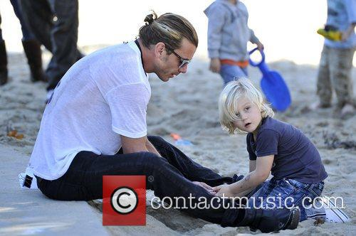 gavin rossdale and zuma rossdale at a 5956502