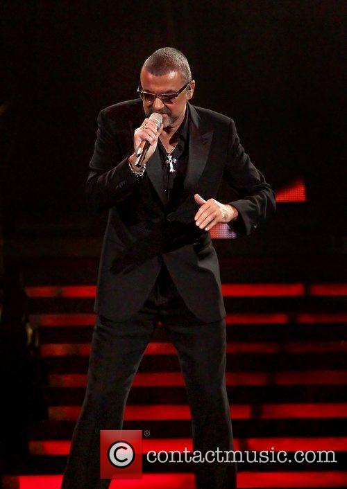 George Michael, Symphonica Tour and Manchester Evening News Arena 17