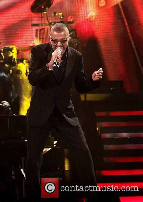 George Michael, Symphonica Tour and Manchester Evening News Arena 5