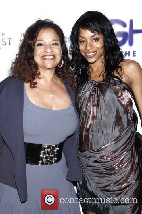 Debbie Allen and Lunt-fontanne Theatre 6