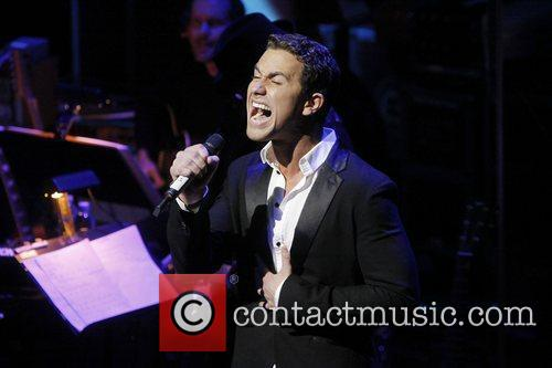 Richard Fleeshman  A sneak peak performance of...