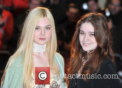 Elle Fanning and Alice Englert 9