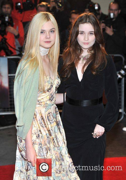 Elle Fanning and Alice Englert 10