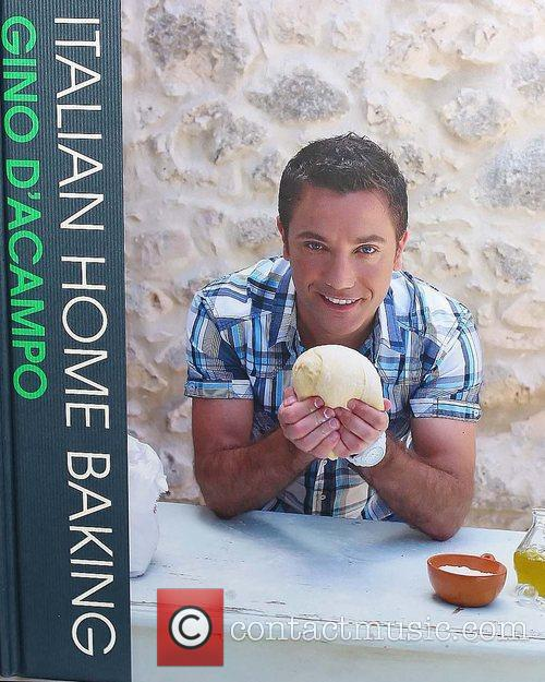 Atmosphere Gino D'Acampo signs copies of his book...