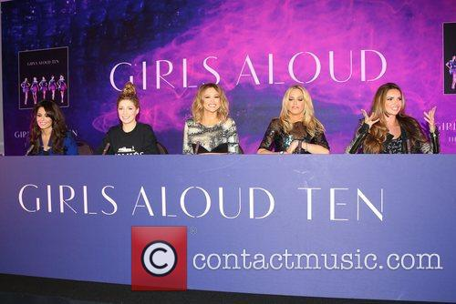 Cheryl Cole, Nadine Coyle, Kimberley Walsh, Nicola Roberts and Sarah Harding 5