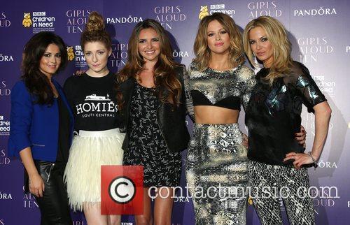 Cheryl Cole, Nicola Roberts, Nadine Coyle, Kimberley Walsh and Sarah Harding 1