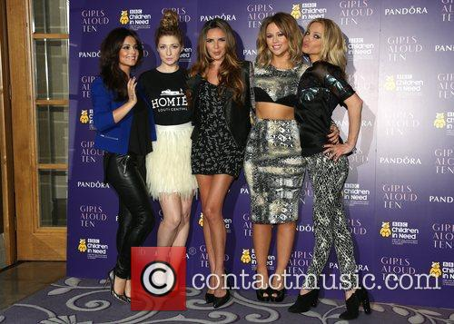 Cheryl Cole, Nicola Roberts, Nadine Coyle, Kimberley Walsh and Sarah Harding 11