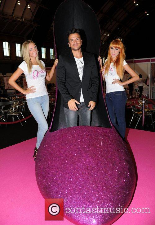 peter andre girls night out manchester photocall 4063184