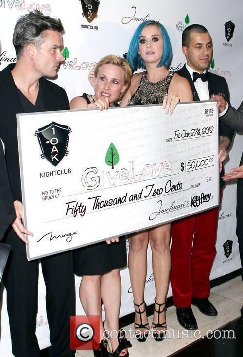 Balthazar Getty, Katy Perry and Patricia Arquette 1