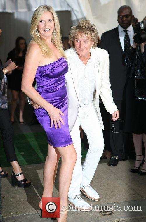 Rod Stewart and Penny Lancaster The Glamour Women...