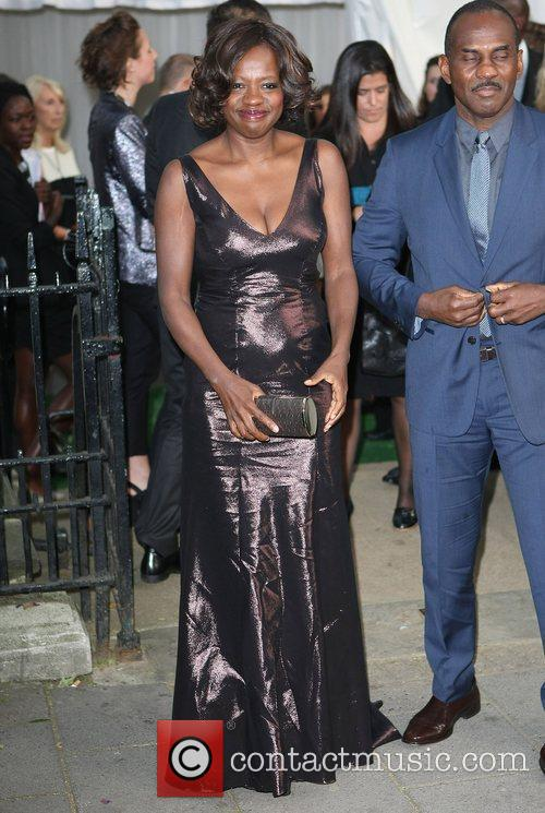 Viola Davis and Glamour Women Of The Year Awards 4