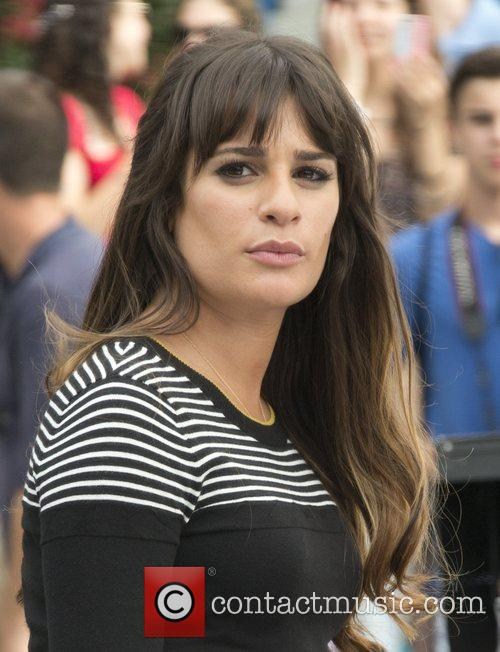 lea michele on the set of glee 4028889