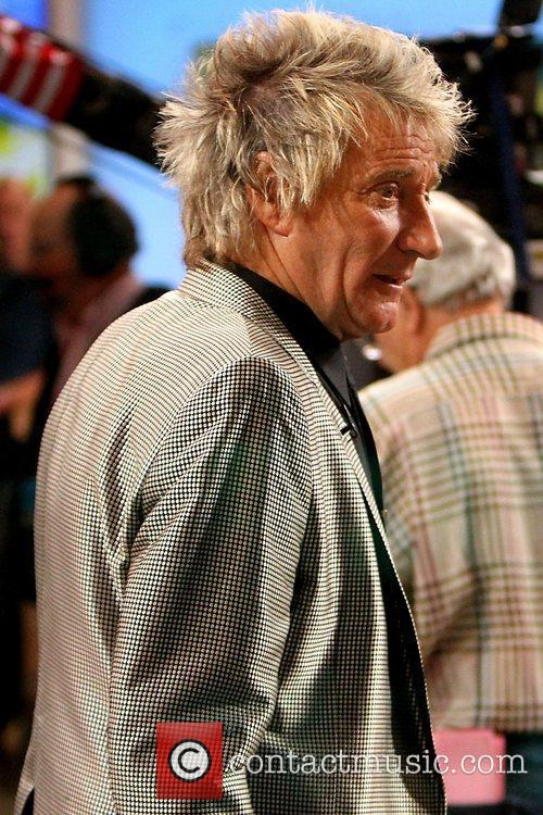 rod stewart celebrities at abc studios for 5941200