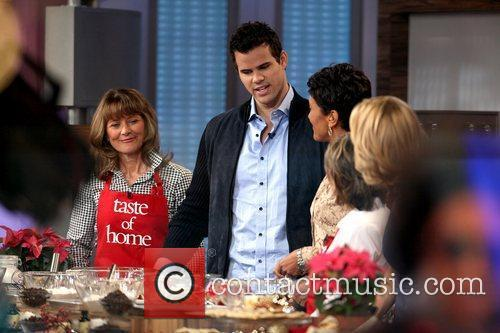 Kris Humphries and Good Morning America 11