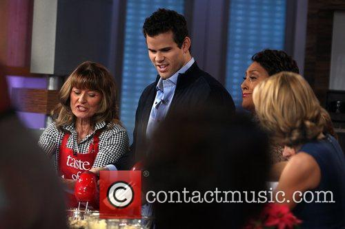 Kris Humphries, Robin Roberts and Good Morning America 6