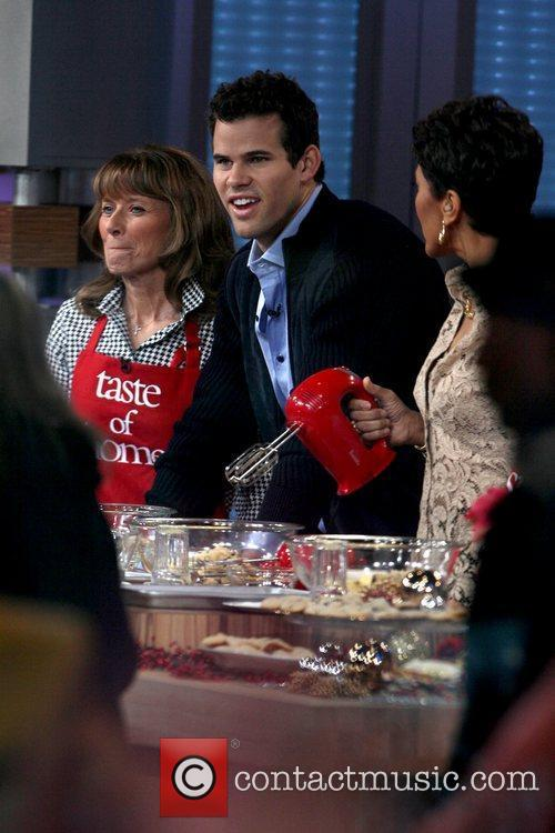 Kris Humphries, Robin Roberts and Good Morning America 3