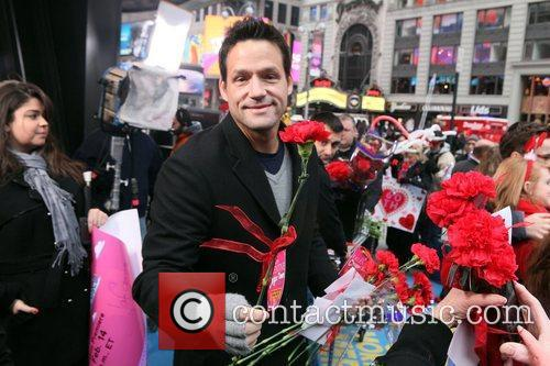 Josh Hopkins The stars of 'Cougar Town' hand...