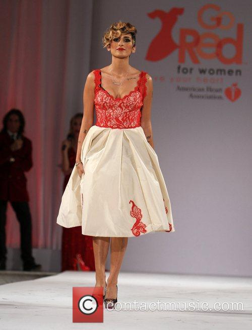 Style Fashion Week Hosts Go Red For Women Celebrity Red