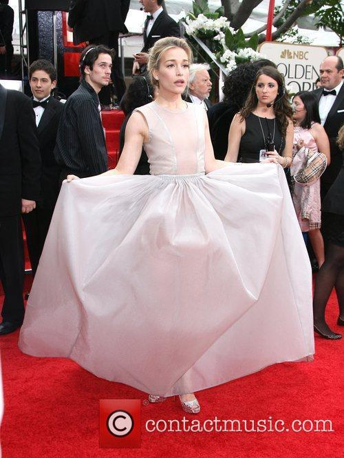 Piper Perabo, Golden Globe Awards and Beverly Hilton Hotel 2