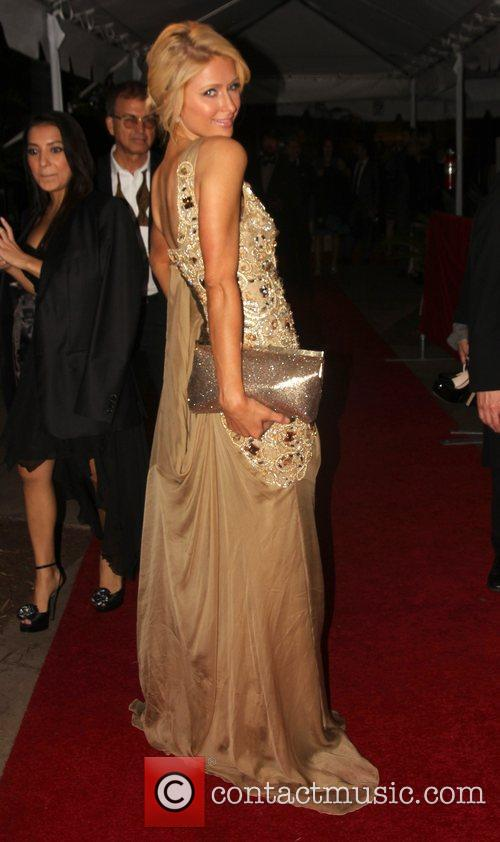 Paris Hilton, Golden Globe Awards and Beverly Hilton Hotel 5