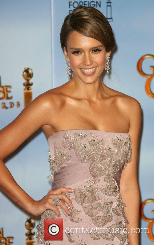 Jessica Alba, Golden Globe Awards and Beverly Hilton Hotel 4