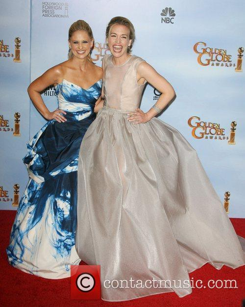 Sarah Michelle Gellar, Piper Perabo, Golden Globe Awards and Beverly Hilton Hotel 4