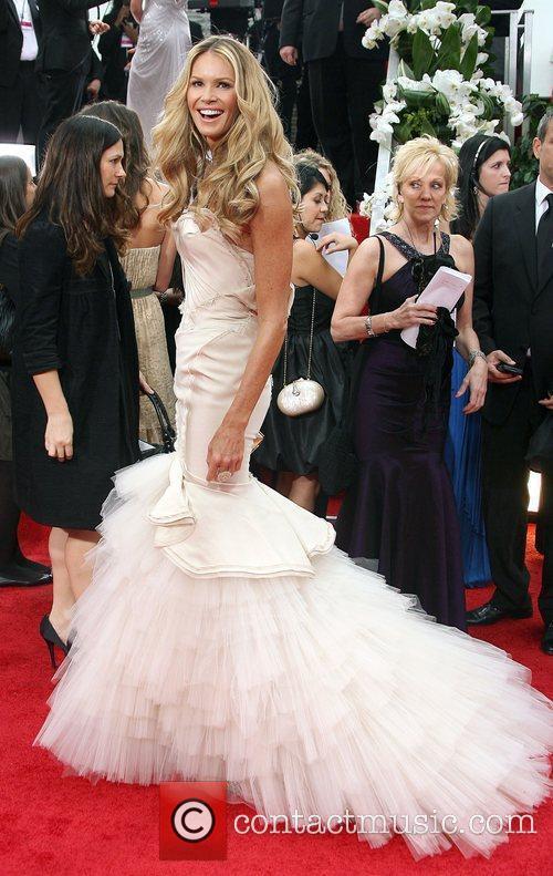 Elle Macpherson, Golden Globe Awards and Beverly Hilton Hotel 3