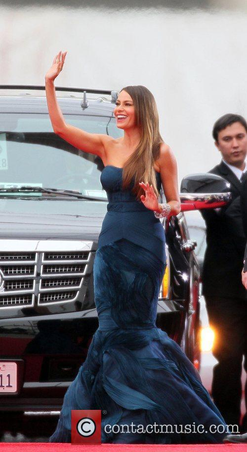 Sofia Vergara, Golden Globe Awards and Beverly Hilton Hotel 7